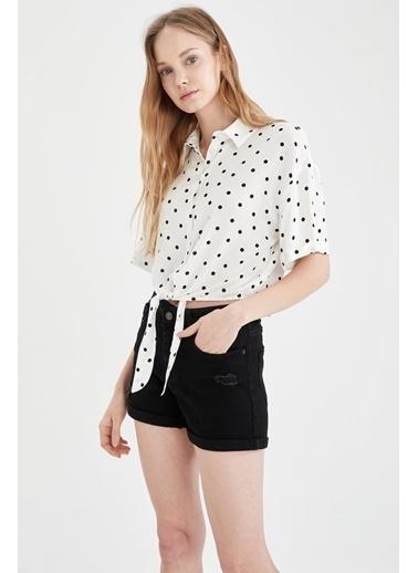 DeFacto Ceket Yaka Beli Bağlamalı Relax Fit Viskon Gömlek Beyaz
